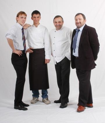 da SX: Federico, Matteo (cuoco), Franco e Fausto Malinverno
